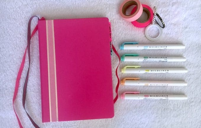 5 Creative Ways to Personalize Your Bullet Journal Cover