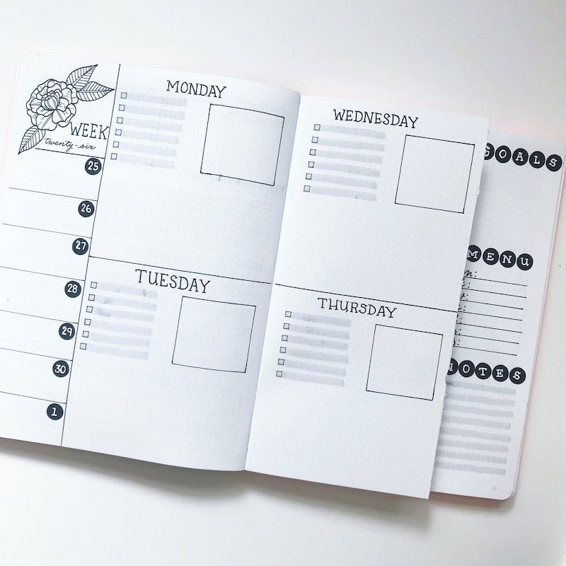 Monochrome Dutch Door Weekly Spread | My Favorite Weekly Spreads of 2018